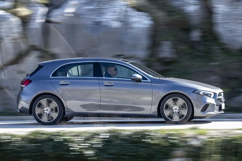 Mercedes-Benz prijst nieuwe versies A-klasse