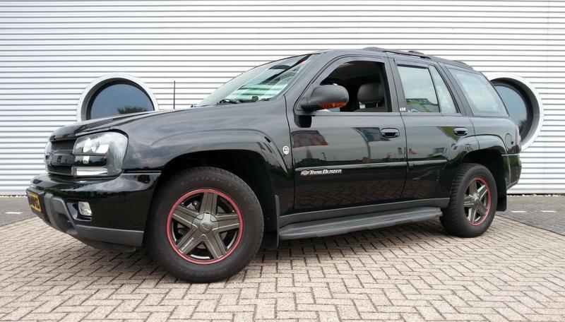 Chevrolet TrailBlazer LTZ (2003)