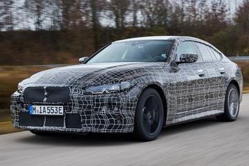 BMW i4 uitgebreid in beeld