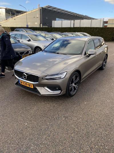 Volvo V60 T4 Inscription (2020)