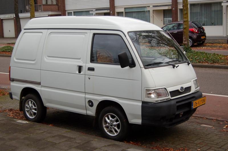 Daihatsu Hijet 1300 Van (1999)