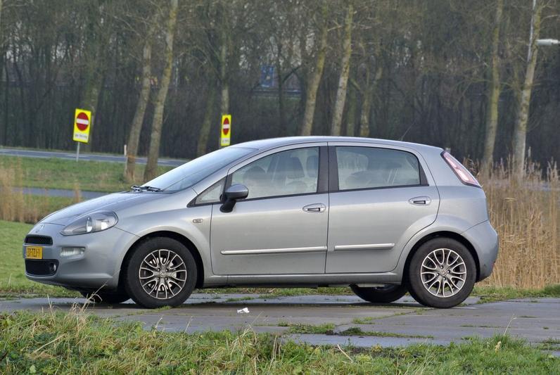 Fiat Punto 1.3 MultiJet 16v Easy (2012)