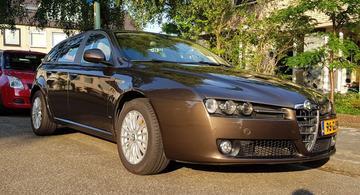 Alfa Romeo 159 Sportwagon 1.9 JTS Elegante (2008)