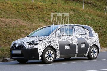 Nieuwe Opel Meriva waagt zich weer buiten