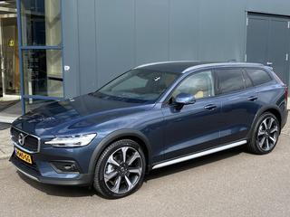 Volvo V60 Cross Country B5 AWD Business Pro (2020)