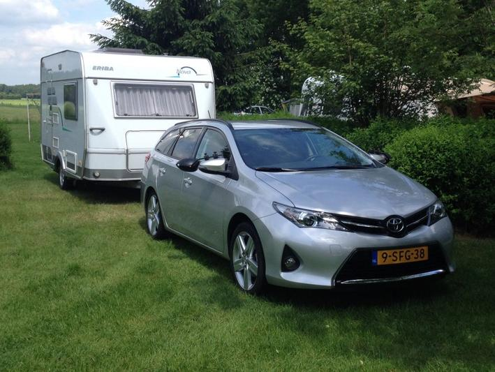 Toyota Auris Touring Sports 1.6 VVT-i Dynamic (2013)