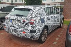 Gesnapt: Mercedes-Benz A-klasse als plug-in