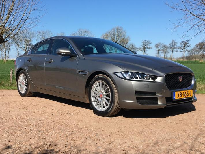 Jaguar XE E-Performance Prestige (2019)