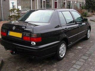 Volkswagen Vento 1.8 90pk GL (1997)