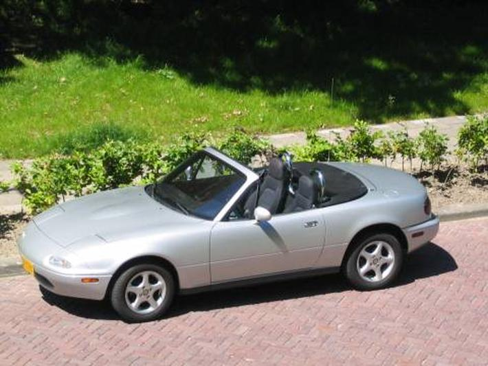 Mazda MX-5 1.6i (1991)