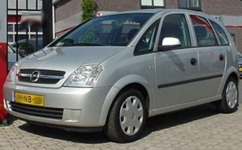 Opel Meriva 1.6-16V Cosmo (2003)