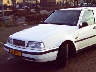 Volvo 460 1.9 Turbo Diesel (1995)