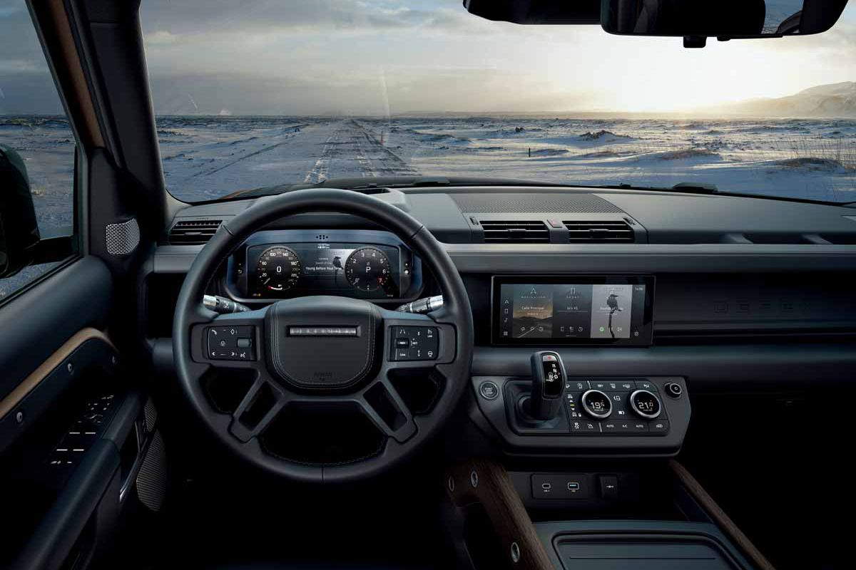 Land Rover Defender (2019) 8