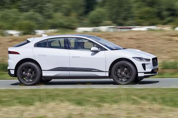 'Productievertraging Jaguar I-Pace door tekort aan accu's'