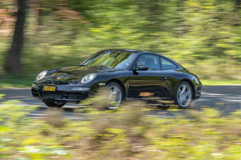 Porsche 911 3.6 Carrera – 2004 – 296.451 km - Klokje Rond