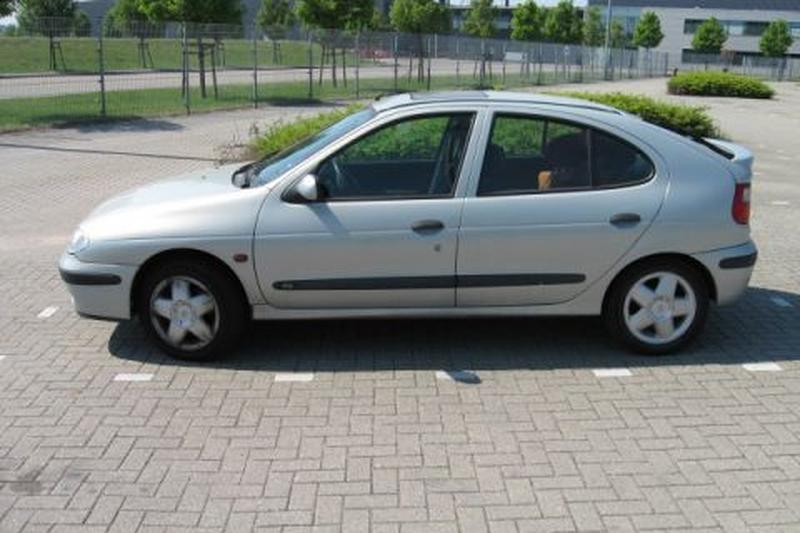 Renault Mégane RXI 1.6 16V (2000)