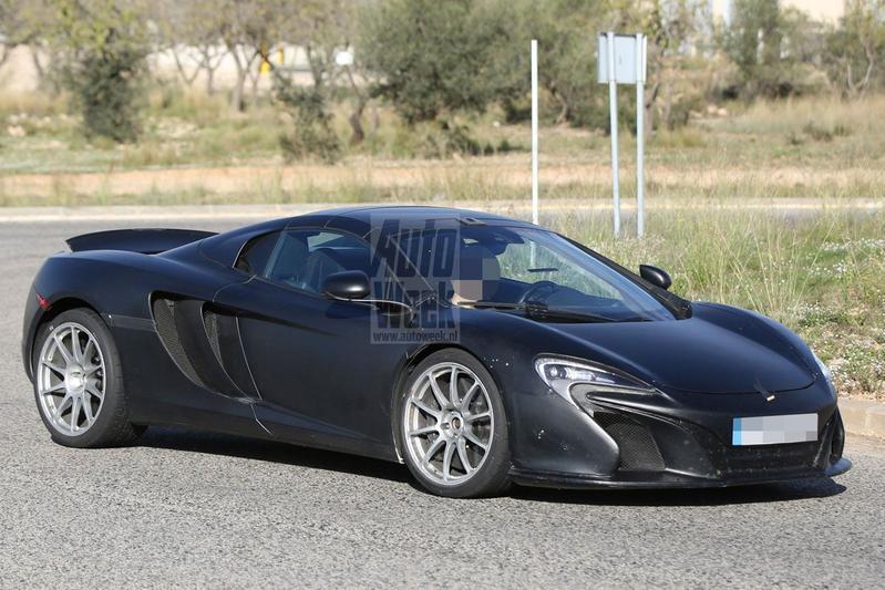 McLaren test met 675LT Spider
