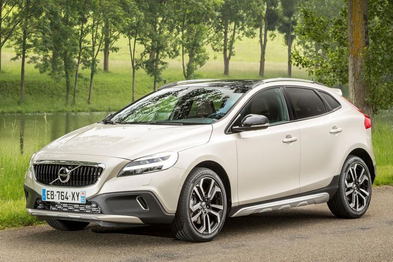 Volvo V40 Cross Country T3 Polar+ Luxury (2019)