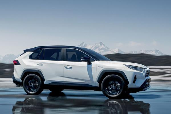 Toyota voert prognose op na besparingen