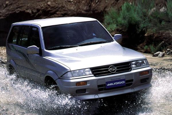 De Tweeling: SsangYong Musso - Mercedes-Benz Musso - Daewoo Musso
