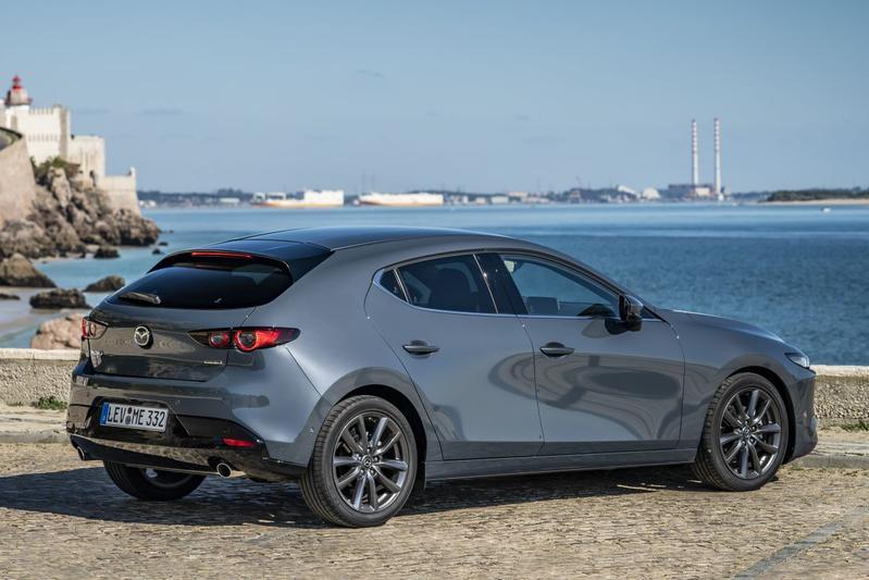What Is Skyactiv Mazda >> Mazda 3 Met Skyactiv X Heeft Een Prijs Autoweek Nl