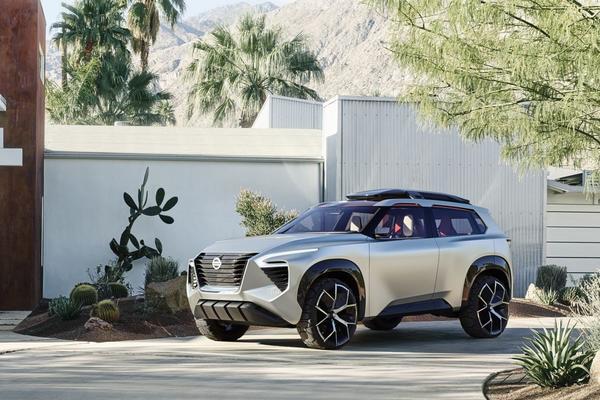 Nissan haalt doek van Xmotion Concept