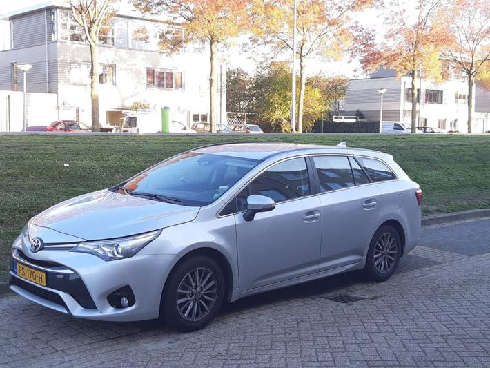 Toyota Avensis Touring Sports 1.8 VVT-i Aspiration (2017)