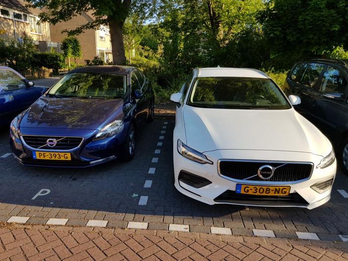 Volvo V60 T4 Momentum Pro (2019)