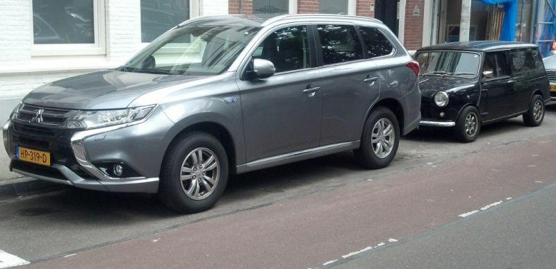 Mitsubishi Outlander PHEV Business Edition (2015) review