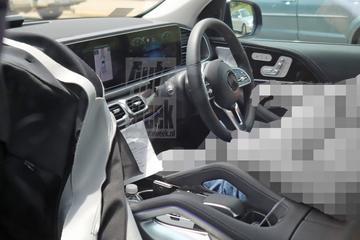 Gespot: interieur van de Mercedes-Benz GLE-klasse