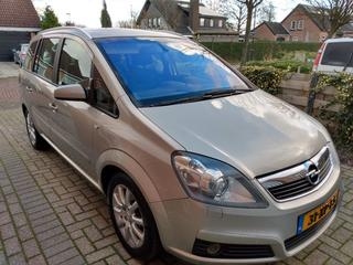 Opel Zafira 1.8 Temptation (2007)