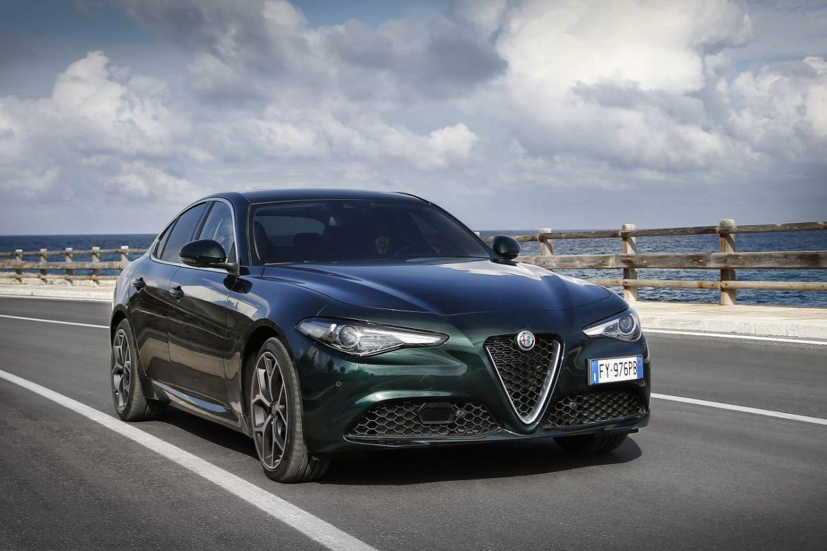 2015 - [Alfa Romeo] Giulia [Tipo 952] - Page 35 C22y58bbtrfd