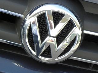 Volkswagen doelwit van grote inbraak Greenpeace