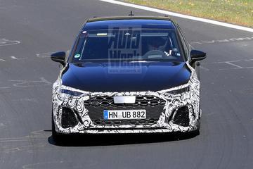 Audi RS3 aan de tand gevoeld op Nürburgring