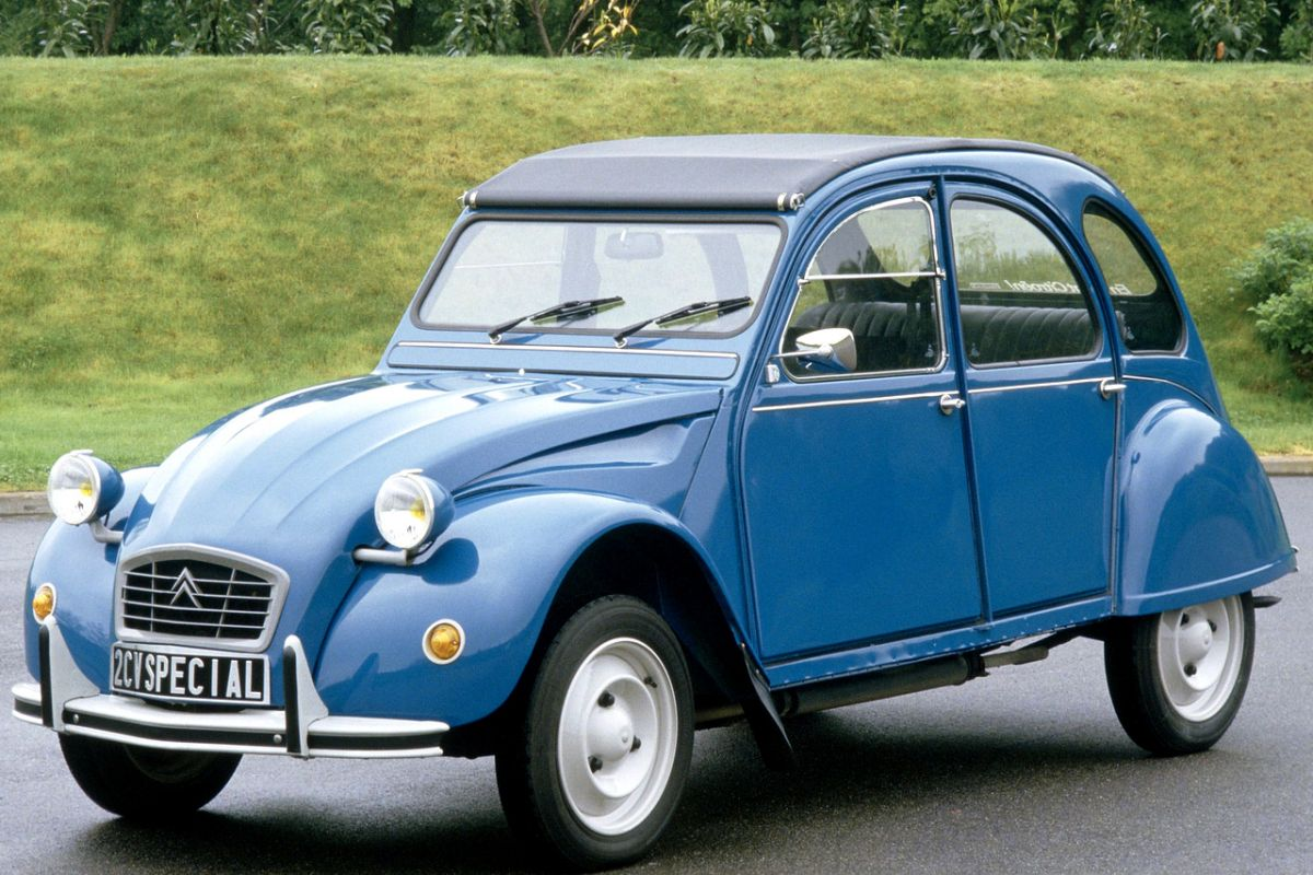 citroen 2cv 6 charleston. Black Bedroom Furniture Sets. Home Design Ideas