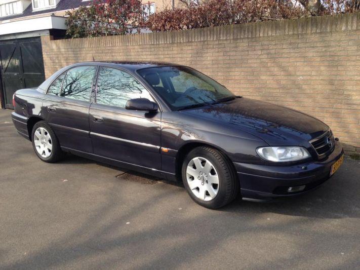 Opel Omega 2.5 TD Elegance (2000)