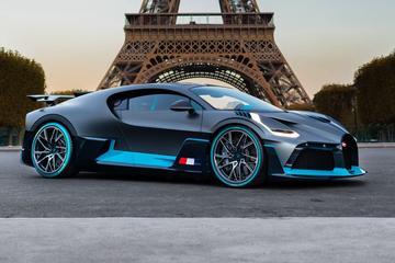 Bugatti Divo breekt eindelijk los