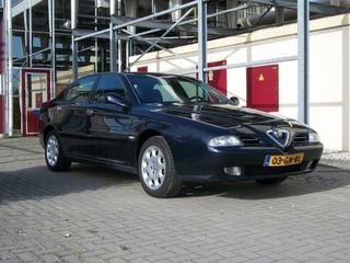 Alfa Romeo 166 2.4 JTD L (2001)