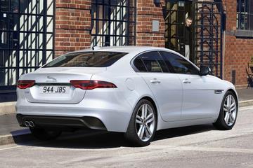Alle prijzen van mild-hybride Jaguar XE