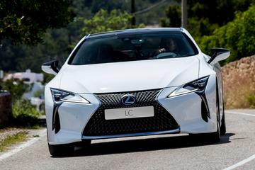 'Lexus werkt aan cabrioletversie LC'