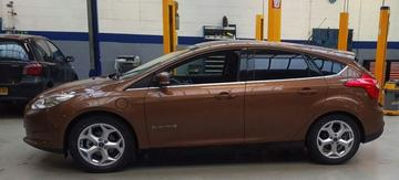Ford Focus Electric (2013)