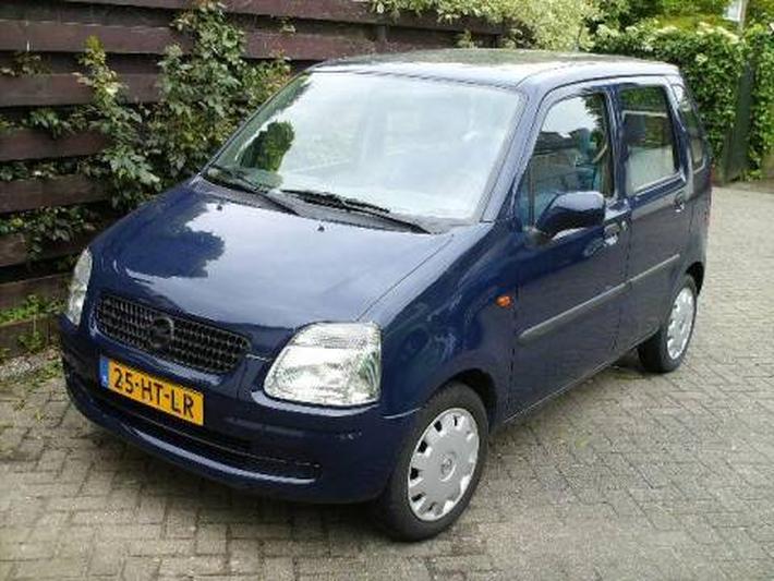 Opel Agila 1.0-12V Comfort (2001)