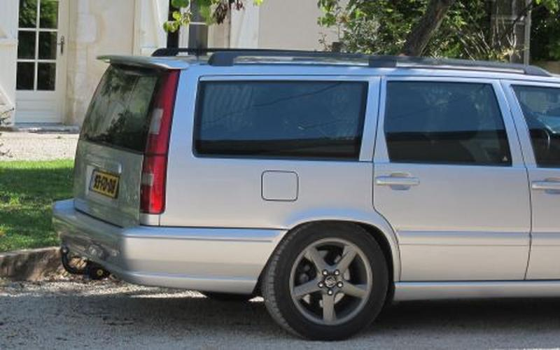 Volvo V70 2.5 D Europa Exclusive (2000)