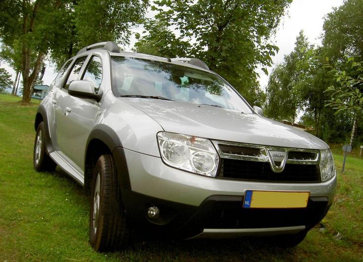 Dacia Duster 1.6 16V 4x2 Lauréate (2010)