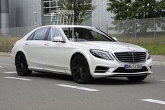 Testwerk nieuwe Mercedes S-klasse lijkt begonnen