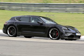 Porsche Taycan Cross Turismo verkent de 'Ring