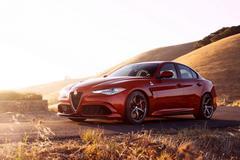 Alfa Romeo bevestigt viercilinder voor Giulia