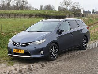 Toyota Auris Touring Sports 1.8 Hybrid Lease Plus (2014)