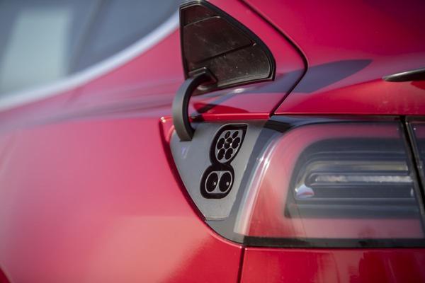 Sneller laden voor Tesla Model 3