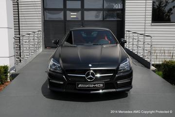 Mercedes pocht met exclusieve SLK 55 AMG
